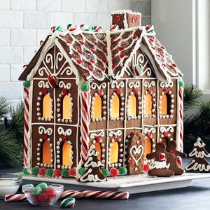 gingerbread house[1] (2)